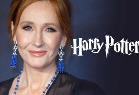 Bufera J.K.Rowling, vandalizzate le sue impronte ad Edimburgo